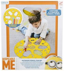 Despicable me Outdoor stencil fun Set